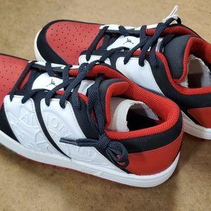 Nike Jordan NU Retro 1 Low (GS) Red/White!